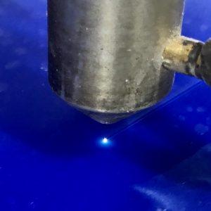 лазерная резка акрила и оргстекла